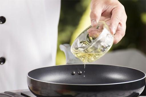 Em que comidas usar óleo de cártamo